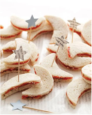 Ideas Decoración para Bautizo Sándwiches con Toppers