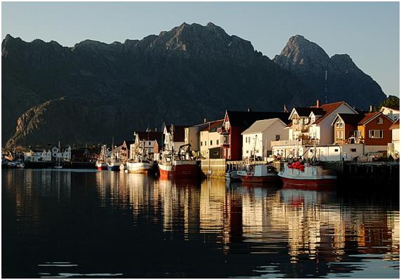 Islas Lofoten en Noruega Henningsvær