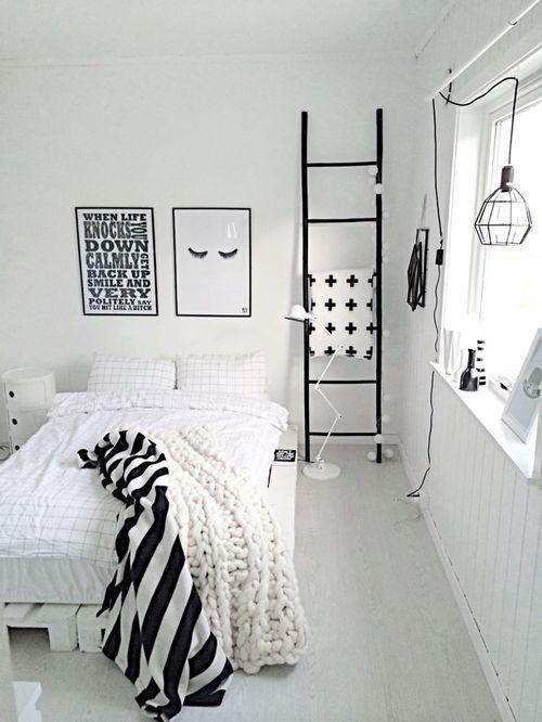 Bedside Ladder Negra 2
