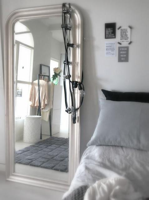 Espejo de pared marco con guirnalda