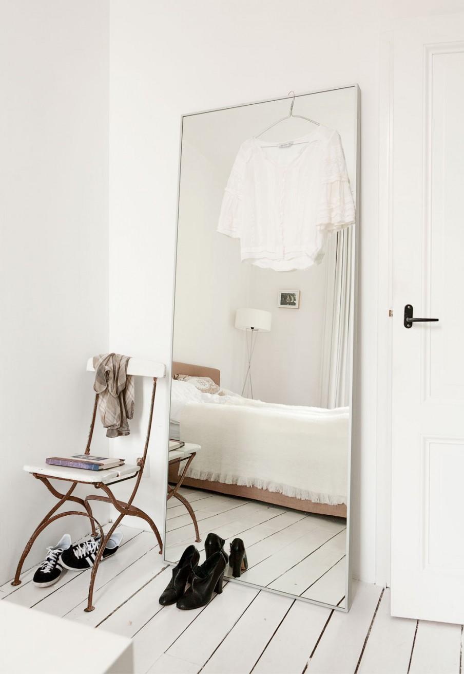 Espejo de pared minimalista