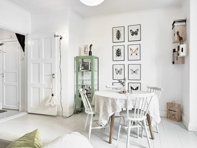 Un incre ble mini estudio sueco y su decoraci n low cost for Decoracion nordica low cost