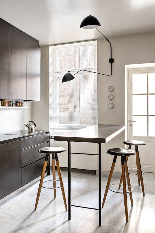 Black Kitchen madera y blanco