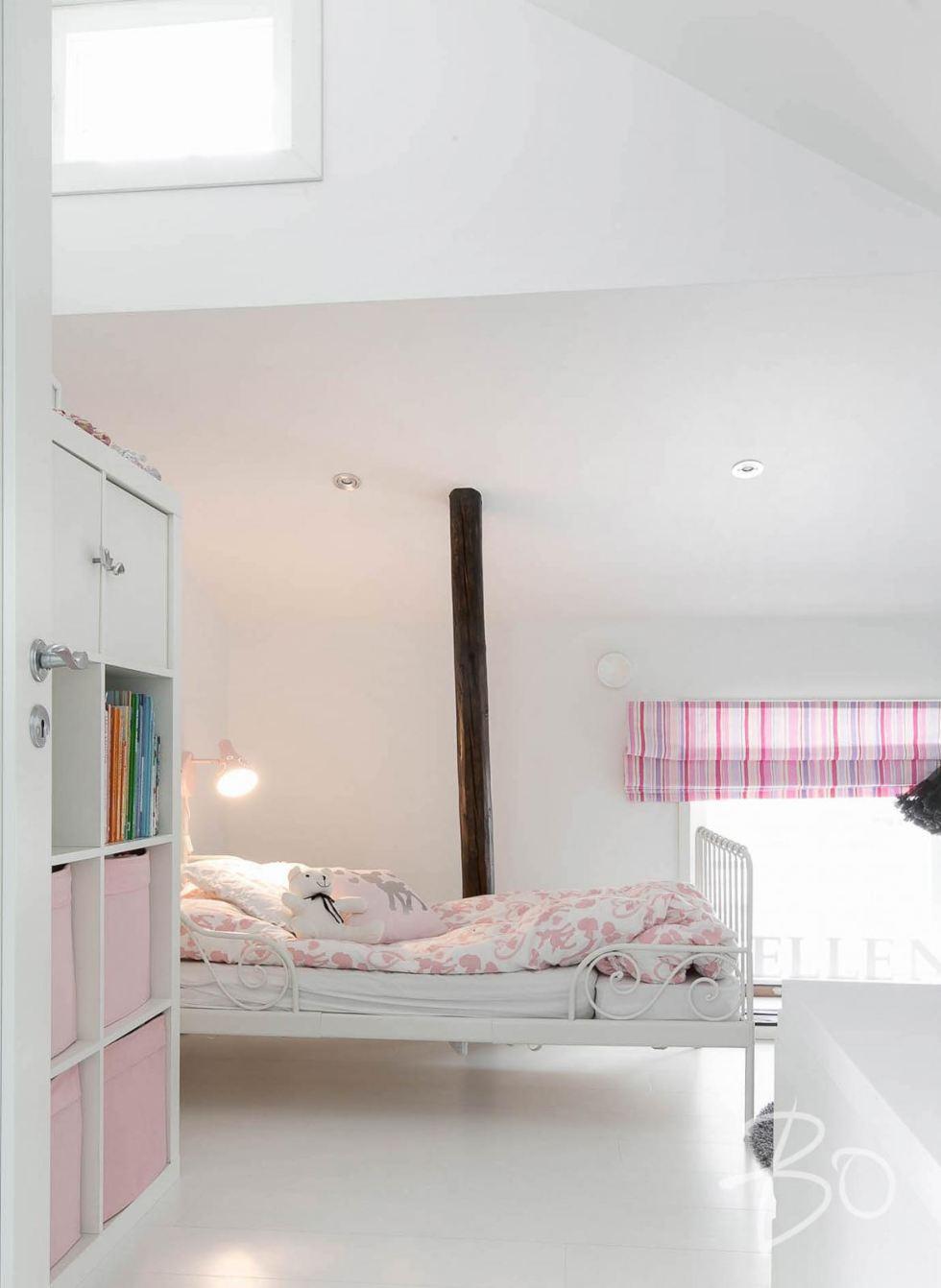 Estilo Escandinavo dormitorio niña
