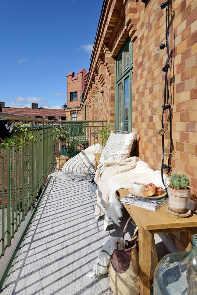 Decoración Balcón Casa Sueca