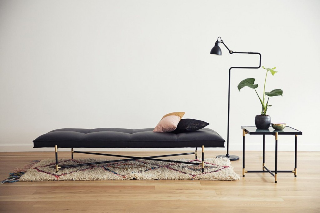 Simple-Nordic-Daybed