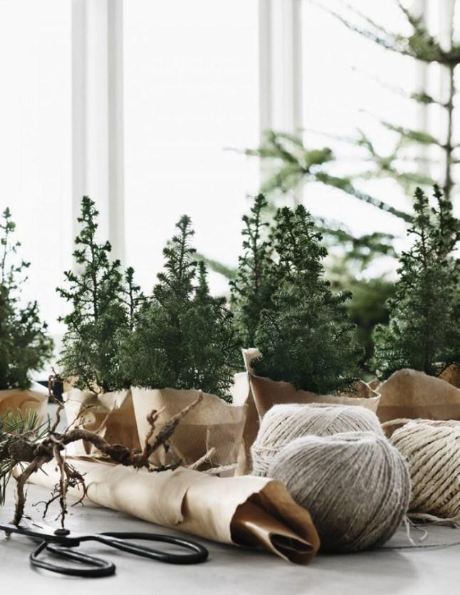 Decorar una Nordic Christmas con pequeños abetos