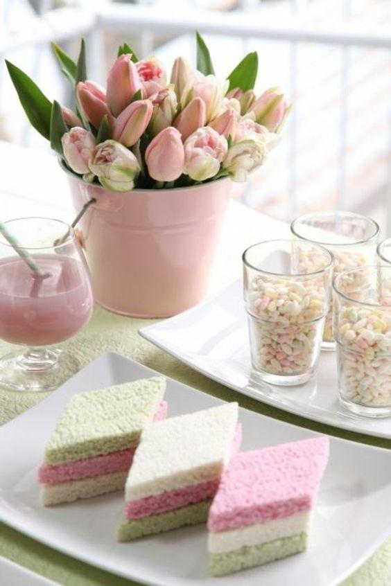Mesa de Cumpleaños con Tulipanes