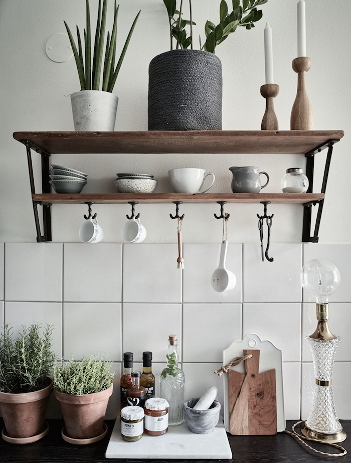 Casa Sueca Kitchen Shelves