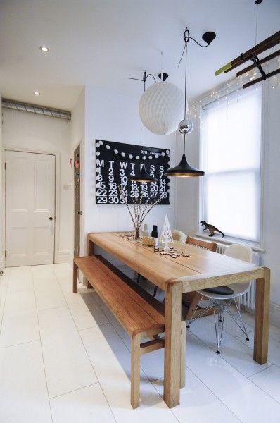 comedores nórdicos con mesas de madera clara