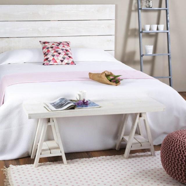 Muebles de estilo nórdico MUEBLE-DESCALZADOR