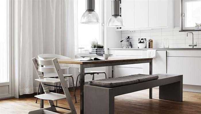 Comedores nórdicos con mesas de madera y bancos corridos
