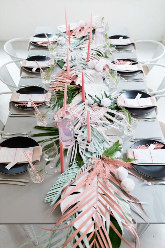 Tendencia Tropical en la mesa con tonos pastel