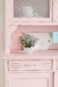 Estilo Nórdico y color rosa muebles recuperados