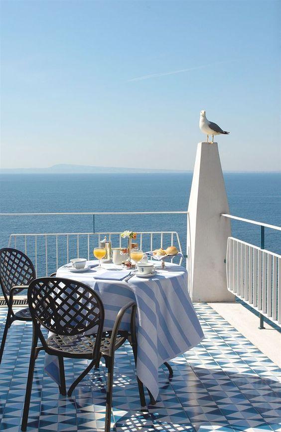 Desayunos de verano frente al mar