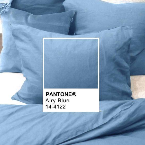 Pantone F/W 2016 Airy Blue