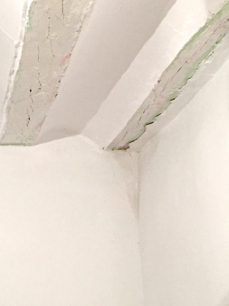 Soluciones fáciles a problemas cotidianos en casa - Manchas de humedad en la pared