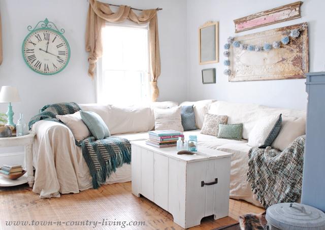 Renovar un sofá anticuado con telas