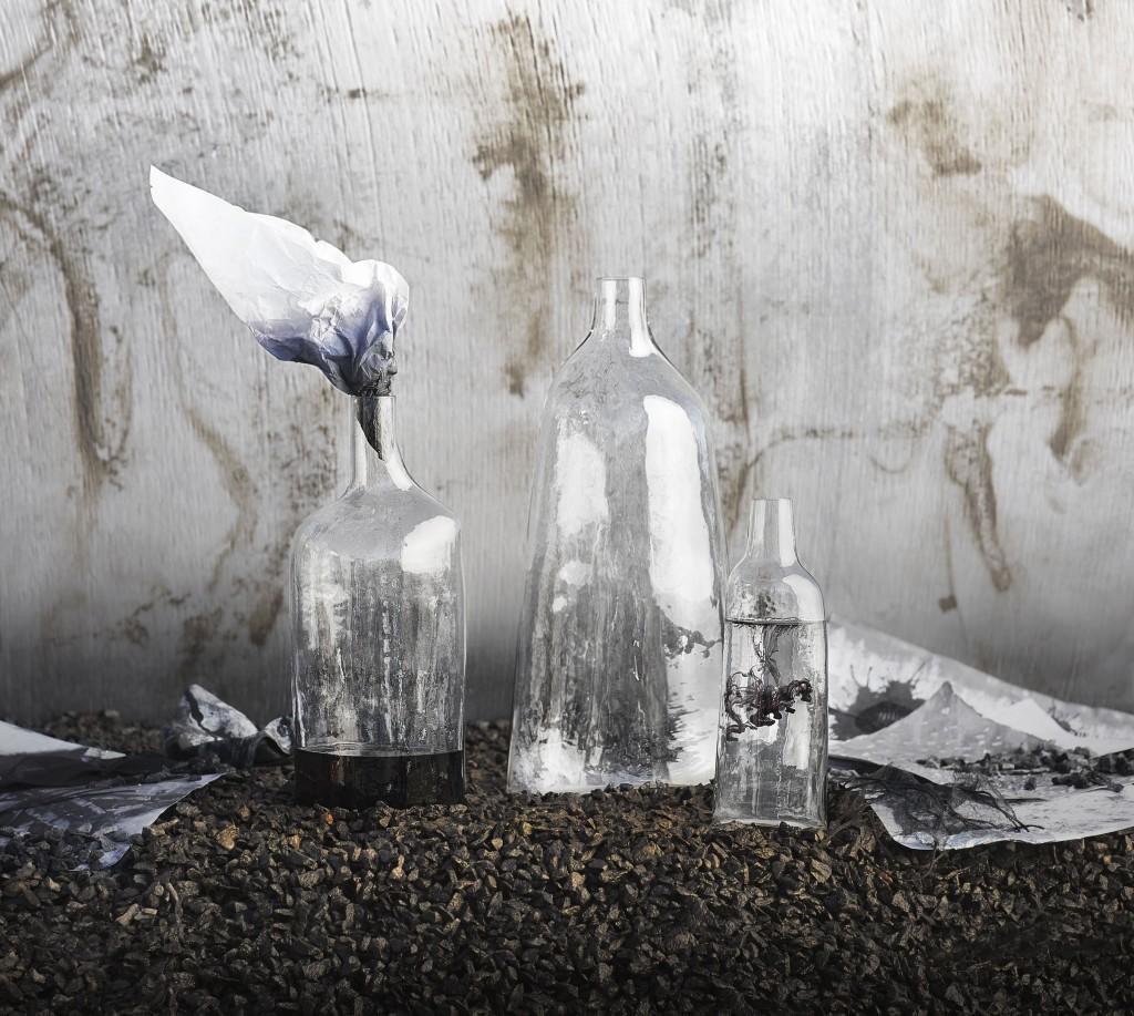 Colección SVÄRTAN de ikea - botellas decorativas