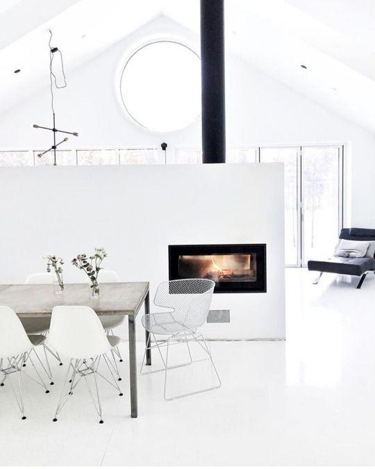 Ambiente otoñal chimenea moderna
