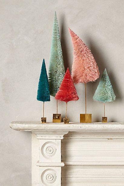 Decoración navideña árboles de colores
