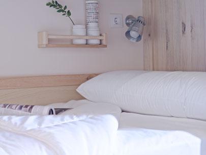 Hostel de estilo nórdico cama
