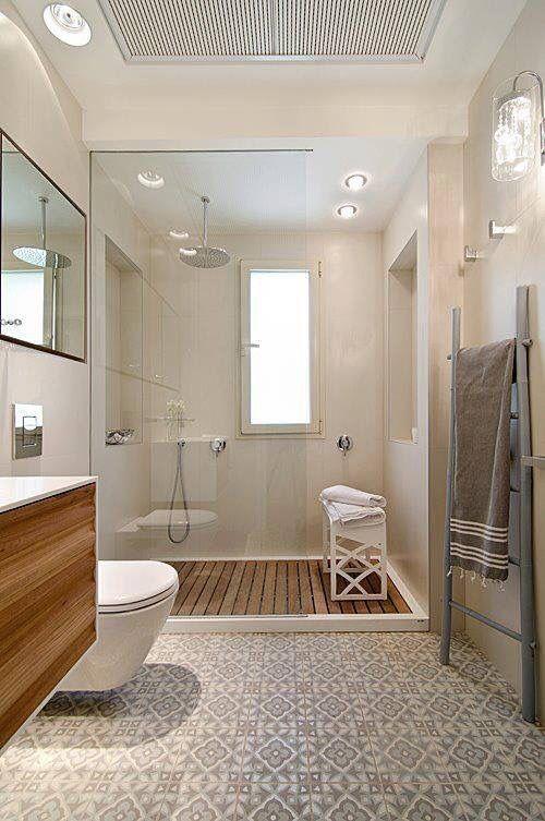 Baños con ducha madera