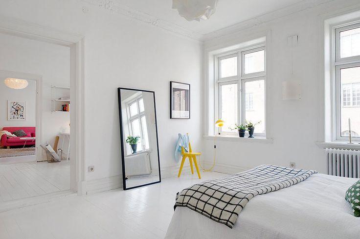 Decorar un dormitorio de estilo nórdico espejo