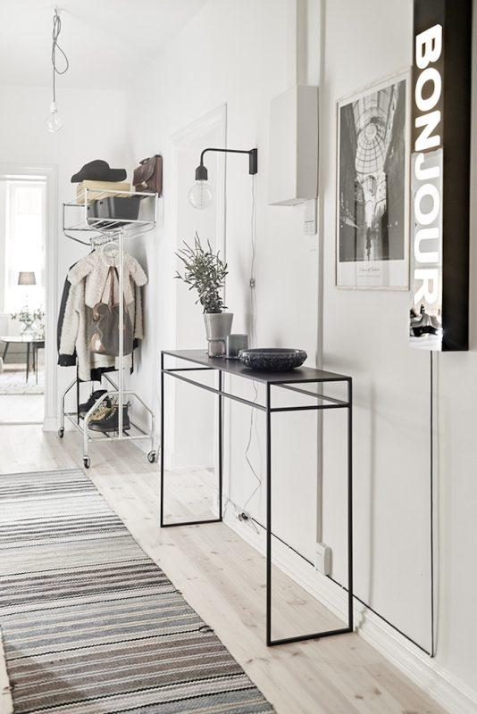 Decorar una entrada con estilo nórdico, funcional y low cost