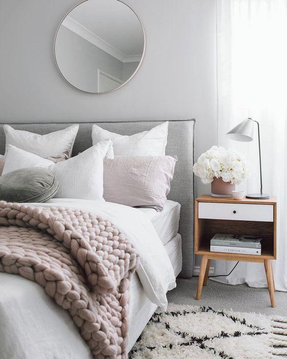 Redecorar un dormitorio de estilo nórdico en tonos neutros
