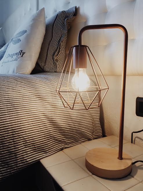 Renovar un dormitorio de estilo nórdico lámpara