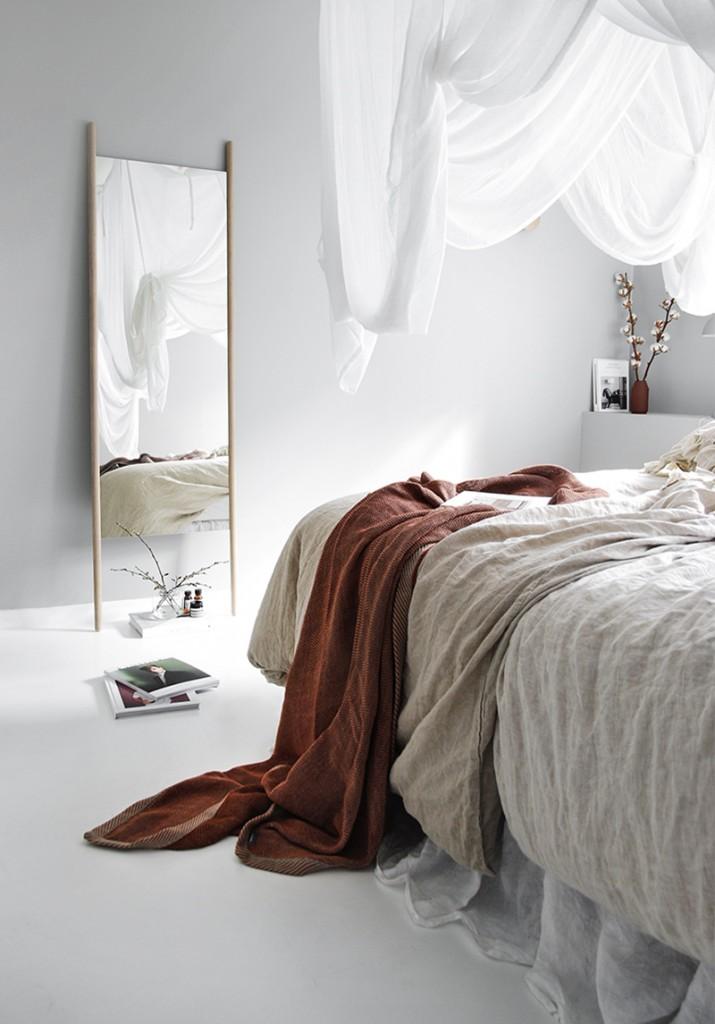 Redecorar un dormtorio de estilo nórdico espejo