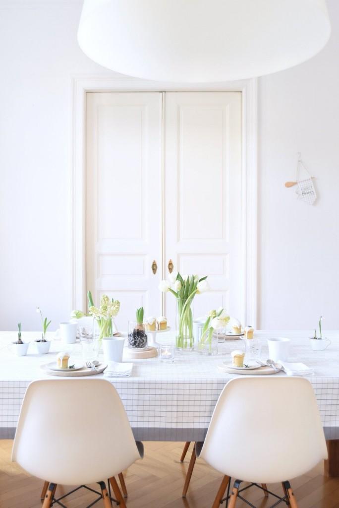Mesa primaveral con inspiración nórdica
