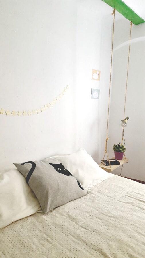 mi cama sin cabecero