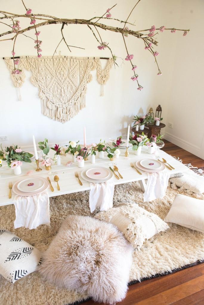 Mesa de San Valentin en rosa