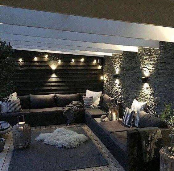 Decorar una terraza con estilo nórdico noche