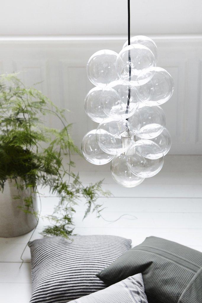 Iluminar dormitorio de estilo nórdico lámpara House Doctor