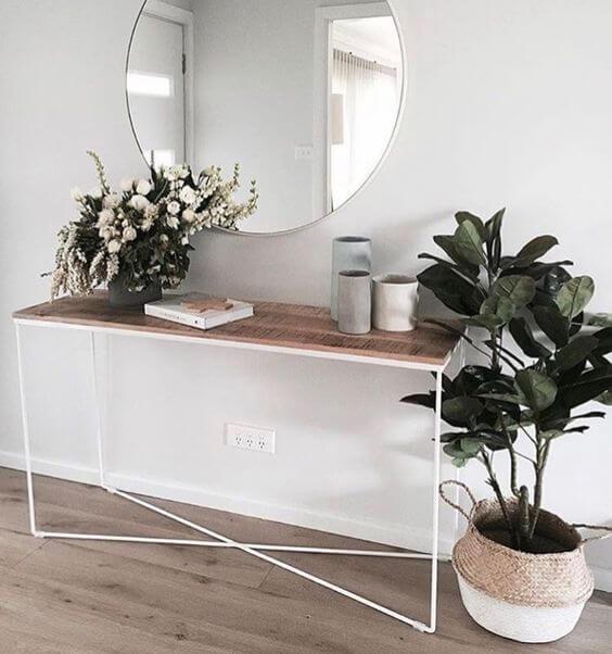 recibidor nórdico con plantas