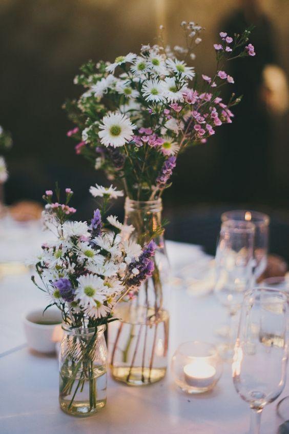 mesa primaveral de cumpleaños