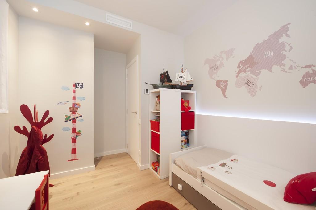 piso con inspiración nórdica dormitorio infantil