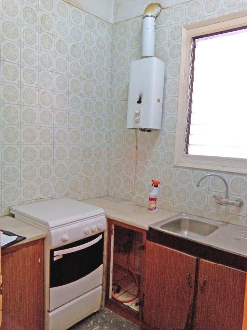 piso con inspiración nórdica antes cocina