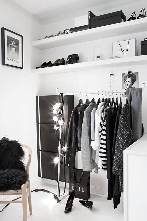 armarios abiertos con inspiración nórdica