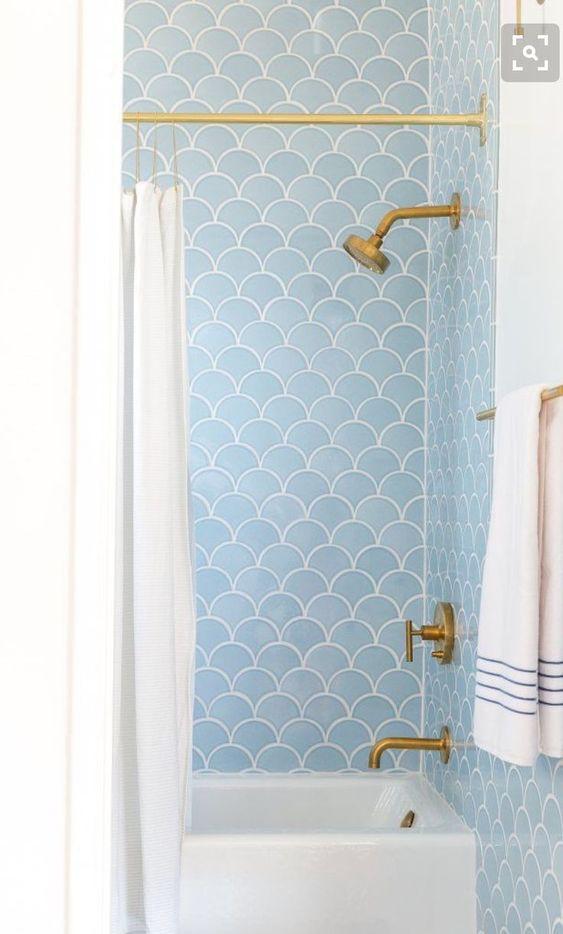 azulejos escama en duchas