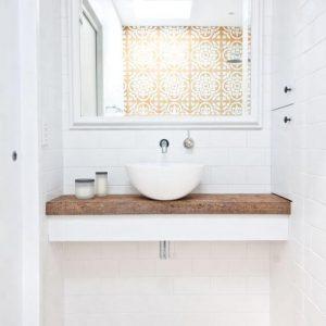 decorar un baño pequeño
