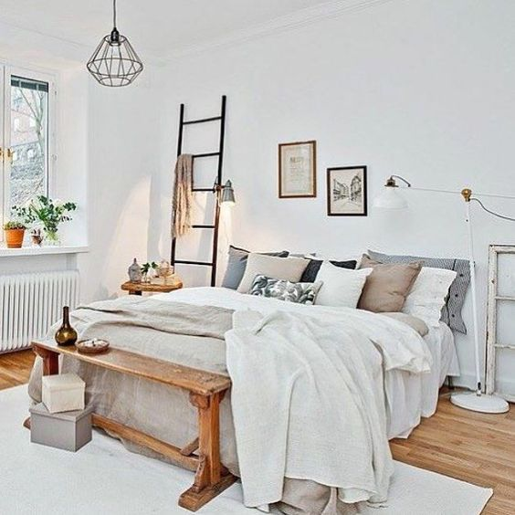 dormitorio de invitados banco a pie de cama