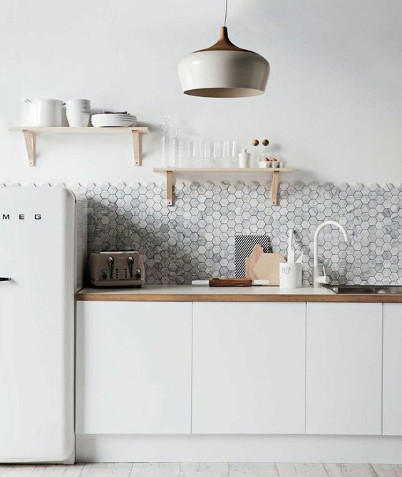 Los azulejos hexagonales triunfan en los ba os y cocinas - Azulejos hexagonales bano ...