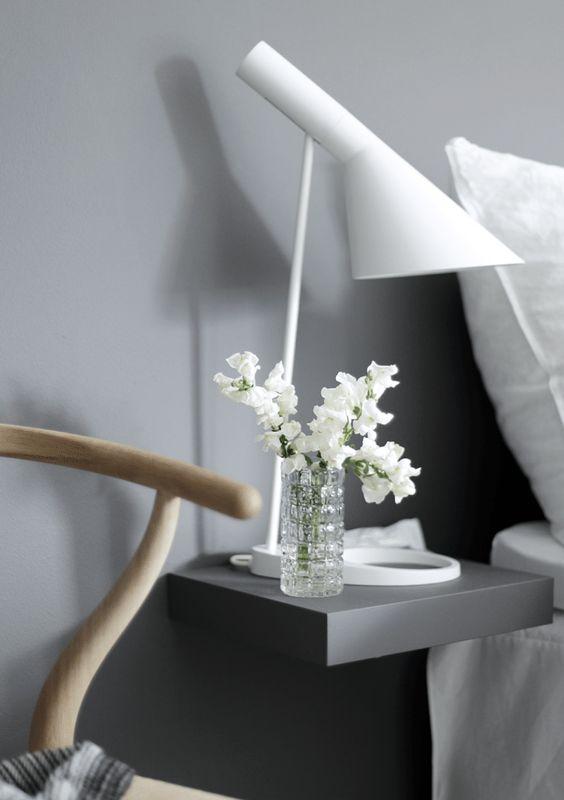 decorar con flores el dormitorio
