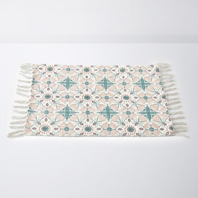 tendencia flecos alfombra de baño