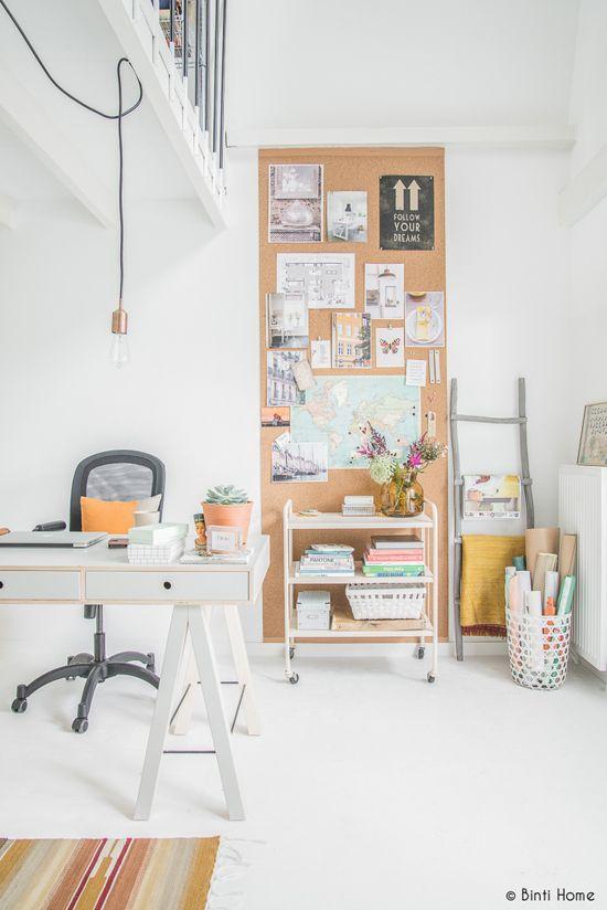zona de trabajo con mood board