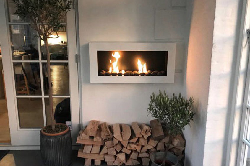 chimenea de pared blanca